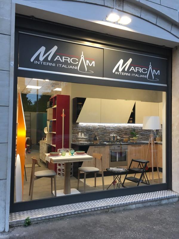 Marcam interni italiani arredamenti mobili cucine for Arredamenti italiani